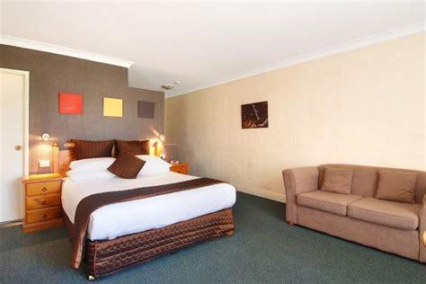 comfort inn mattress bed picture of comfort inn fairways wollongong