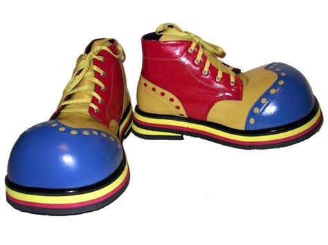 diy clown shoes 25 best ideas about clown shoes on oompa