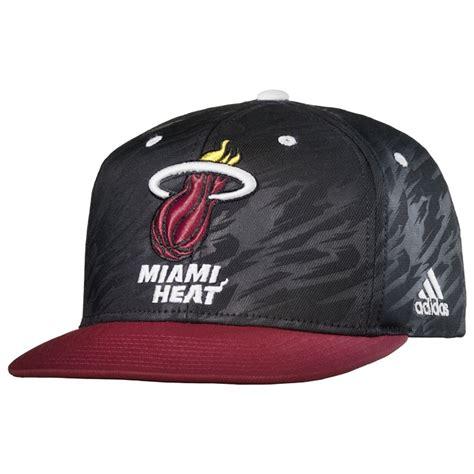 imagenes de gorras miami heat gorra flatbrim miami heat bordada negro rojo blanco