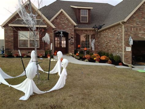 how to make scary halloween decorations at home exterior halloween decorations to upstate your home