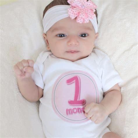 month  baby  development   newborn