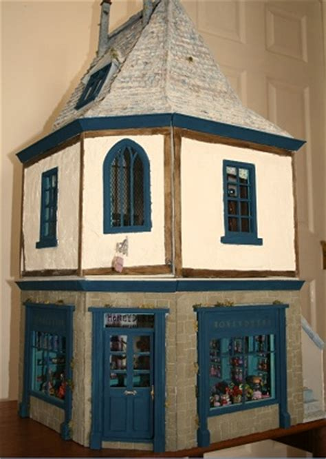 harry potter dolls house harry potter dolls house 28 images leaky cauldron diagon alley dollhouse from