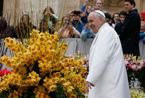 how to stop gossiping catholic leave mass praising god not gossiping about others pope