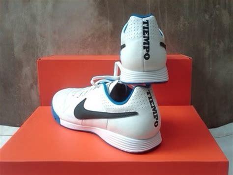 Sepatu Futsal Nike Tiempo Genio unboxing sepatu futsal nike tiempo genio ic original