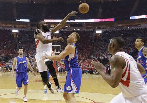 comeback for clippers times free press griffin s triple double lifts clippers over rockets 117