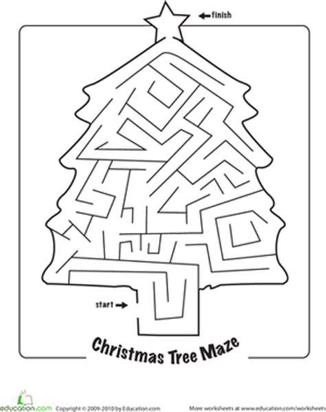 printable christmas tree maze christmas maze worksheet education com