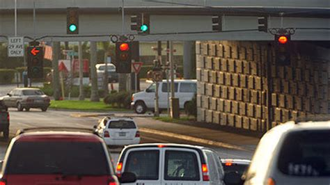 south florida lights south florida traffic lights t been re timed in