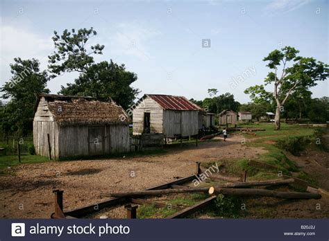 houses in honduras houses in ahuas la mosquitia honduras stock photo royalty free image 18453866 alamy