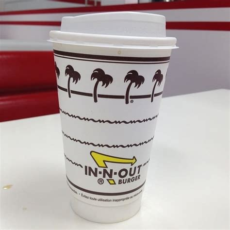 in n out burger a behind the counter look at the fast food chain