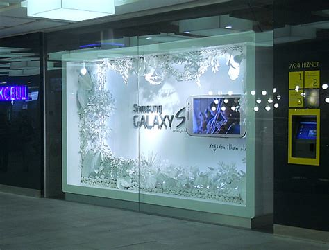 store window design samsung galaxy s3 for turkcell shop window design on behance