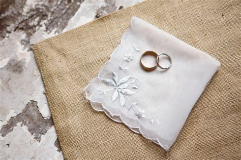 Wedding Accessories List by Bridal Accessories Checklist Articles Easy Weddings