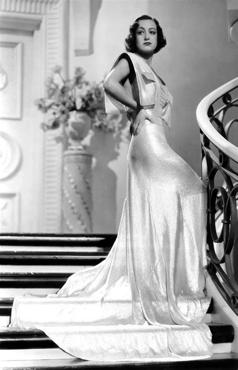 Joan Crawford, 1930s Photograph by Everett