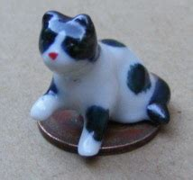 G Ci Z Ceramik D 2 2cm 3 Jpg dollshouse miniature ceramic cats kittens