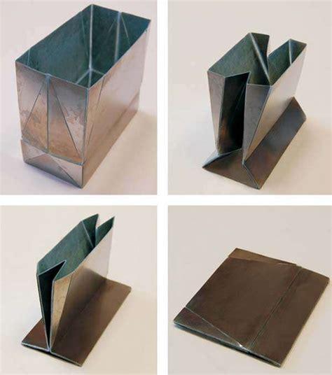 Metal Origami Bags : Zhong You and Weina Wu
