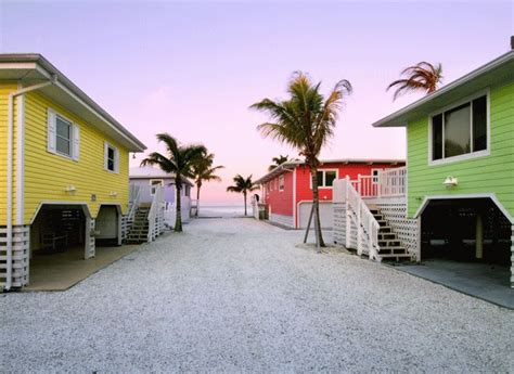 Cottage Ft Myers by 55 Best Images About Cool Exterior Paint Colors On