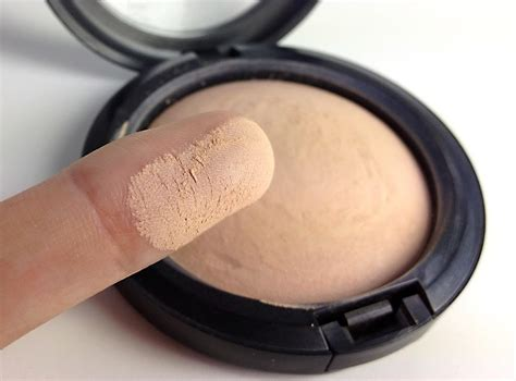 Catherina Alika mac mineralize skinfinish a new holy grail