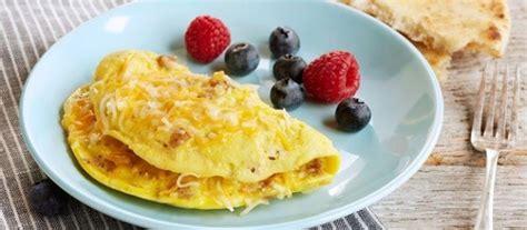 cara membuat omelet telur keju cara membuat omelet telur keju untuk sarapan bikinnya