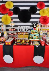 mickey mouse decorations top 25 best mickey mouse decorations ideas on