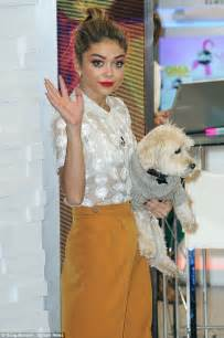 sarah hyland takes out her i m great sarah hyland says she is focusing on her work