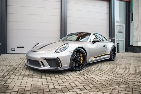 Porsche Aufkleber Gt3 by Miami Blue 2018 Porsche 911 Gt3 Gets Gt2 Rs Weissach