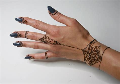 henna tattoos gefährlich 28 henna wie alt muss sein 80