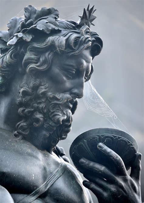 greek gods statues pin by олеся проживина on античные статуи pinterest
