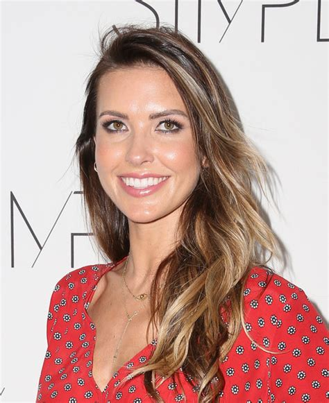 Audrina Partridge Hairstyles by Audrina Patridge Wavy Cut Hair Lookbook Stylebistro