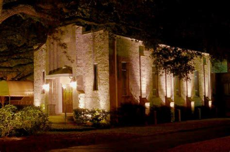 how to install landscape lighting how to install landscape lighting yourself colour