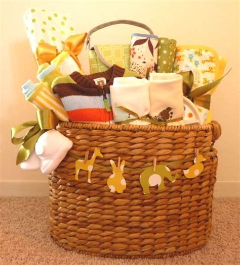 7 Gift Basket Ideas That Rock by Best 25 Baby Gift Baskets Ideas On Baby