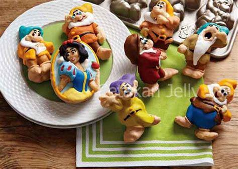 Snow White Berkualitas cetakan silikon kue puding snow white 7 cetakan