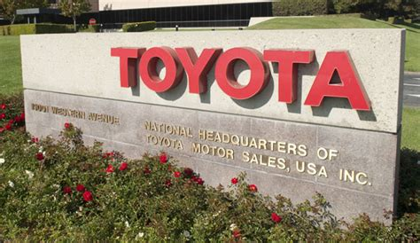 Toyota Headquarters Phone Number Toyota Apps For The And Iphone Toyotawomen