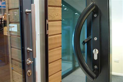 SUNFLEX UK   Highly engineered aluminium sliding doors