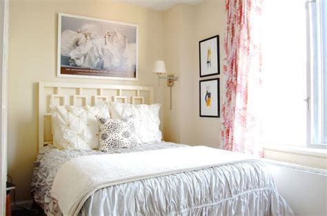 White Modern Headboard Delicate Bedroom With One Of These 40 Feminine Headboards