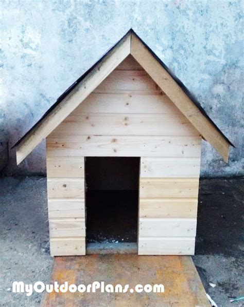 outdoor insulated dog house diy insulated dog house myoutdoorplans free