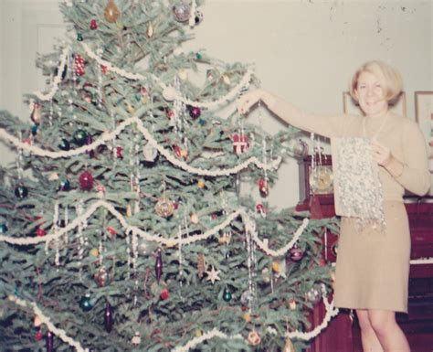 how to make xmas popcorn tinsel real family trees and tips to make them last homestead gardens inc homestead