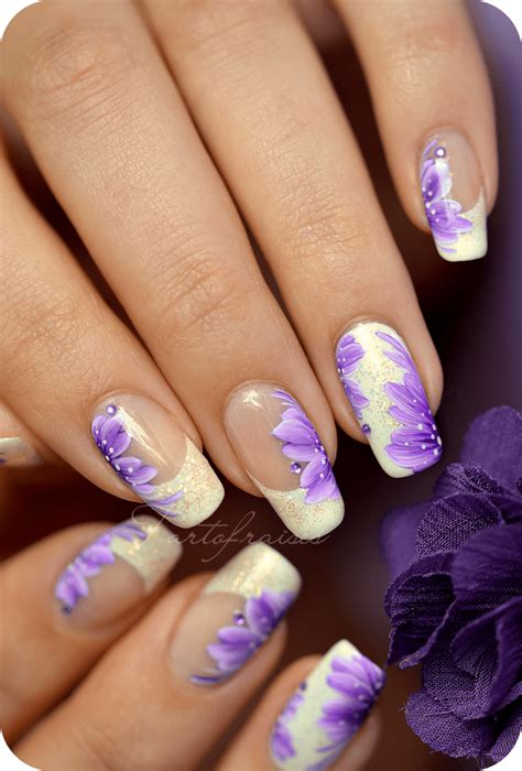 nail art tutorial zhostovo nail art fleurs des chs peinture zhostovo sur french