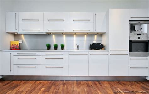 Contemporary White Kitchen Cabinets | pictures of kitchens modern white kitchen cabinets
