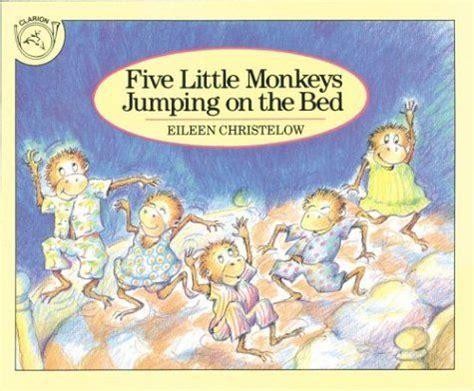 libro five little monkeys jumping best 25 five little monkeys ideas on five little five little fingers and preschool