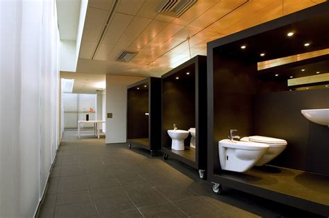bathroom design showroom hatria showroom by paolo cesaretti 187 retail design blog