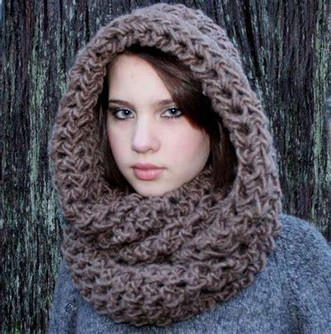 free pattern hooded cowl crochet cowl