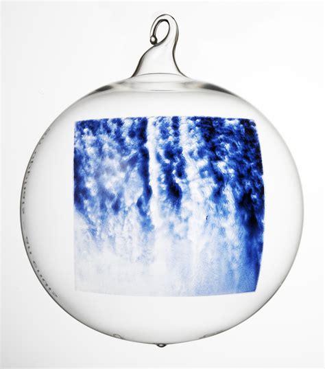 goodwill ornaments r 250 r 237 eggert p 233 tursson ragnar kjartansson the corporation and yoko ono globe