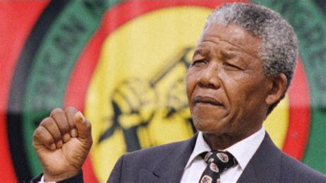 biography of nelson mandela of south africa nelson mandela exclusive videos features history com