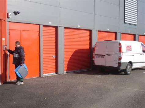 self stockage garde meuble pro fr location box