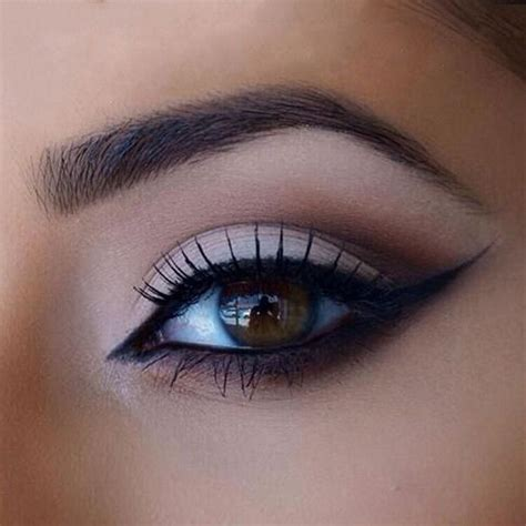 tutorial eyeliner stencil 1000 ideas about eye drawing tutorials on pinterest eye