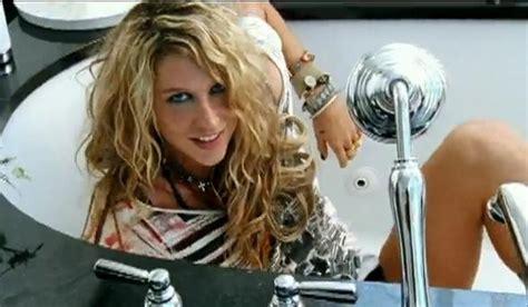 kesha tik tok hair tutorial poll bigger mark on music kesha or gaga classic atrl