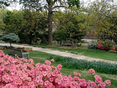 Garden Tulsa Ok by Gardens Museums And Gems On