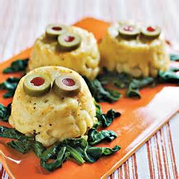 Easy Potluck Main Dishes - side dish mac and cheese swamp creatures halloween