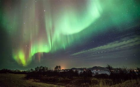 The Northern Lights To Shine Over Ireland And North