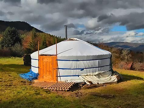tende mongole la tradizionale yurta mongola conquista l italia montagna tv