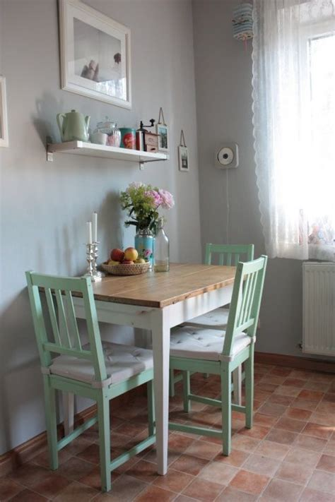 Small Table Ls For Kitchen by Best 25 Small Kitchen Tables Ideas On Green